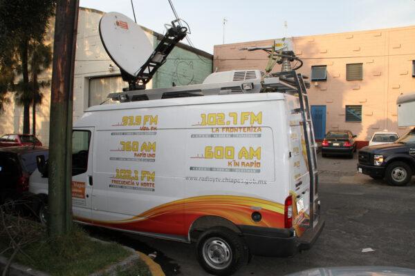 jabasat mobile 1200 antenas auto despliegue auto apuntable VSAT